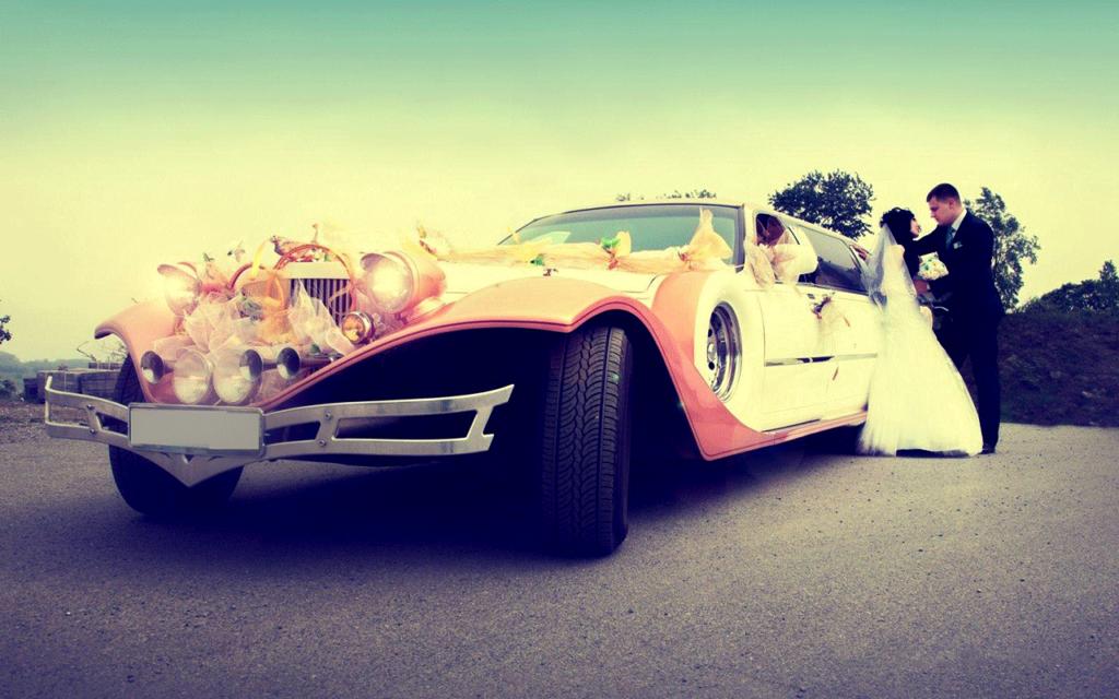 Заказать свадебный кортеж из автомобилей бизнес класса в Сочи